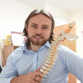 Samuel Camps Chiropractor - Caterham Chiropractic Clinic in Surrey